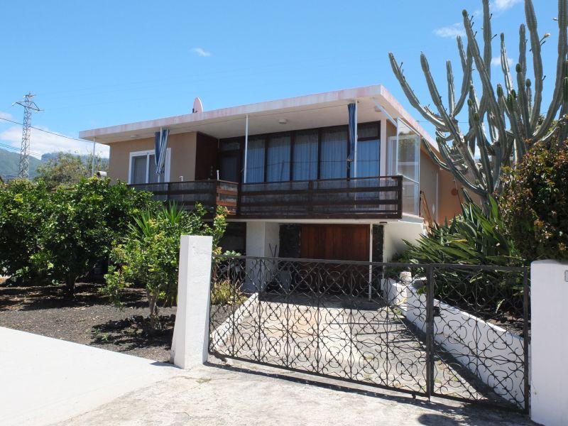 Pequeña casa familiar con apartamento de invitados en una ubicación céntrica